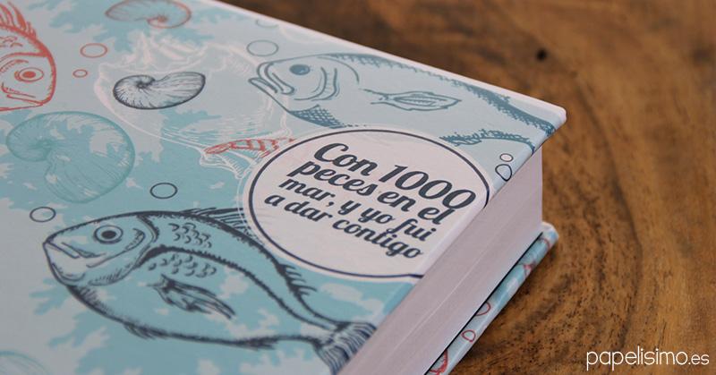 Guardar-conversaciones-whatsapp-en-libro-de-papel-peces-en-el-mar